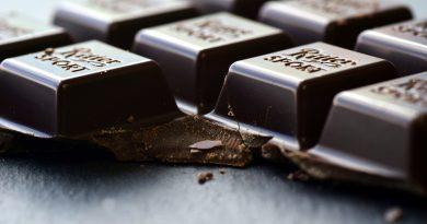 de ce sa consumi ciocolata neagra