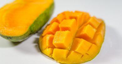 smoothie cu mango si turmeric