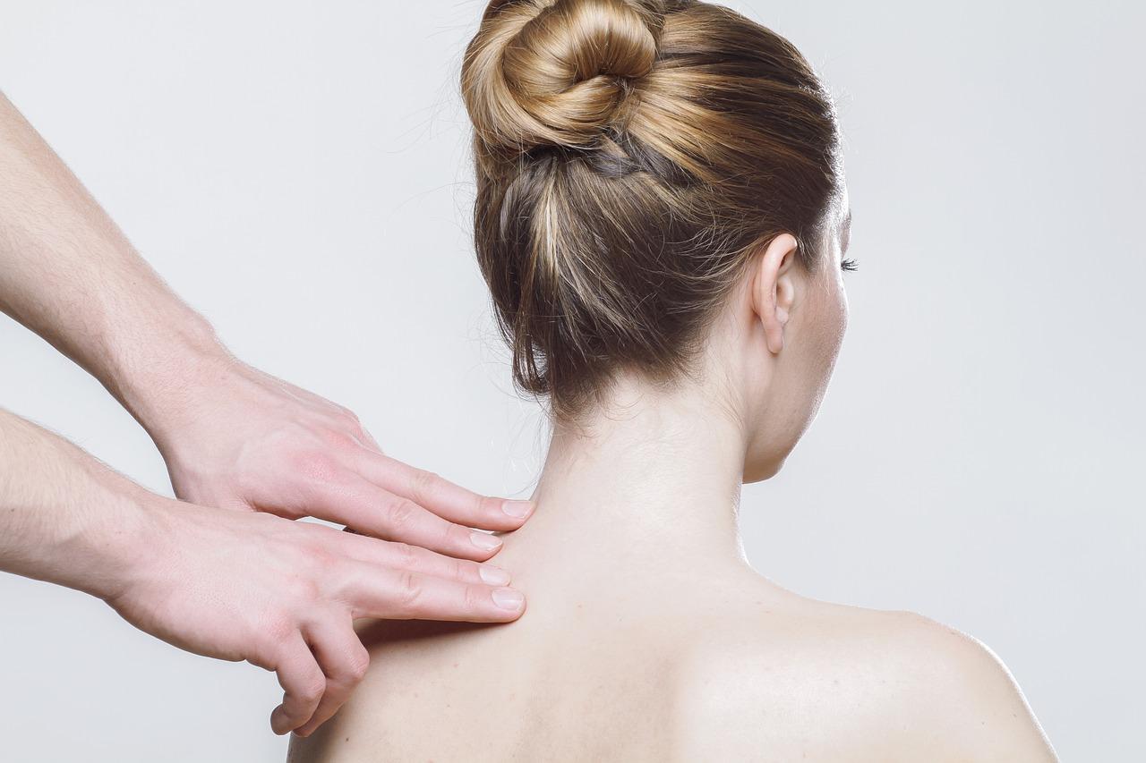 Maseaza aceste 4 puncte ale corpului tau si vei slabi rapid - Revista Teo
