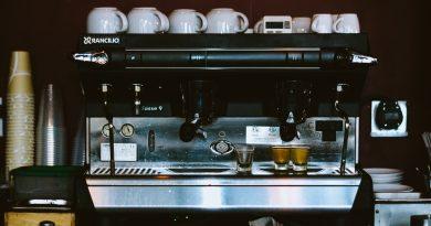 cafeaua de la automat