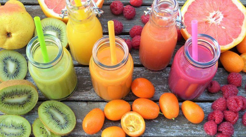 cand se bea sucul de fructe