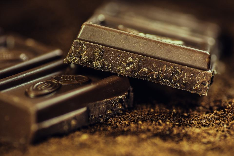 ciocolata neagra pentru slabit)