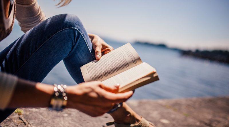 oamenii care citesc