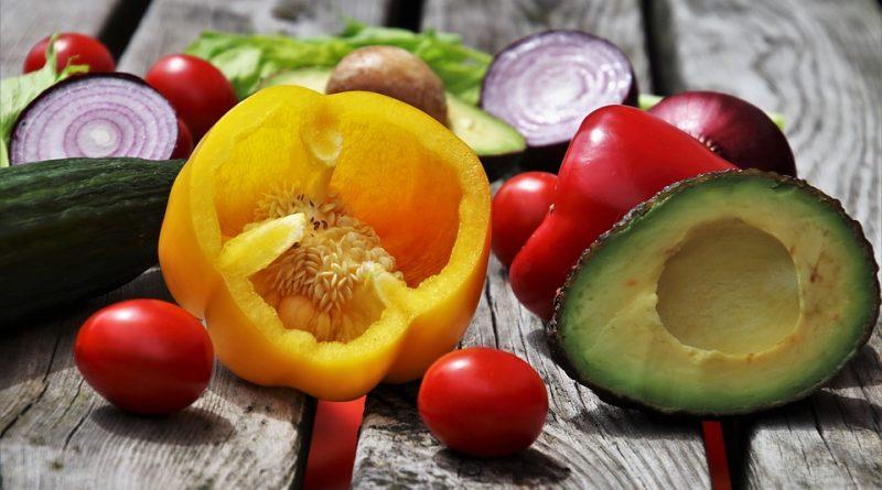 Alimente alcaline pentru slabit. Ce sa mananci mai des?