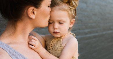 Mamele puternice si copiii lor. De ce acestia sunt mai fericiti?