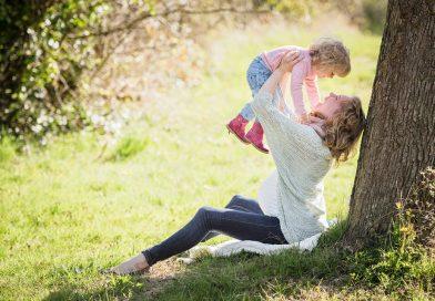 Imbratisarea copilului – de ce sa o faci mai des?