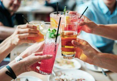 Retete de cocktail pentru weekend. Tu te pregatesti?