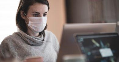 Cum ne protejam tenul de masca de protectie?