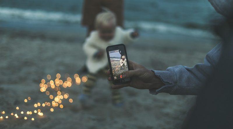 Copiii si smartphone-ul