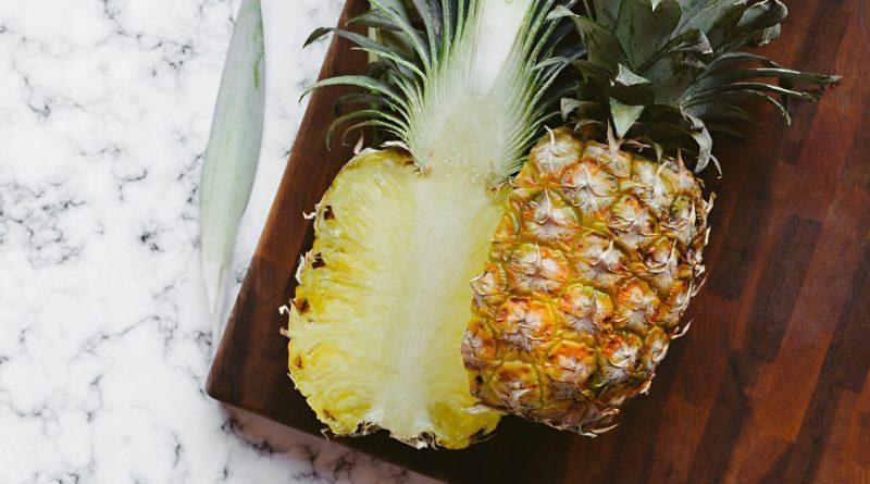 Smoothie cu ananas si ghimbir